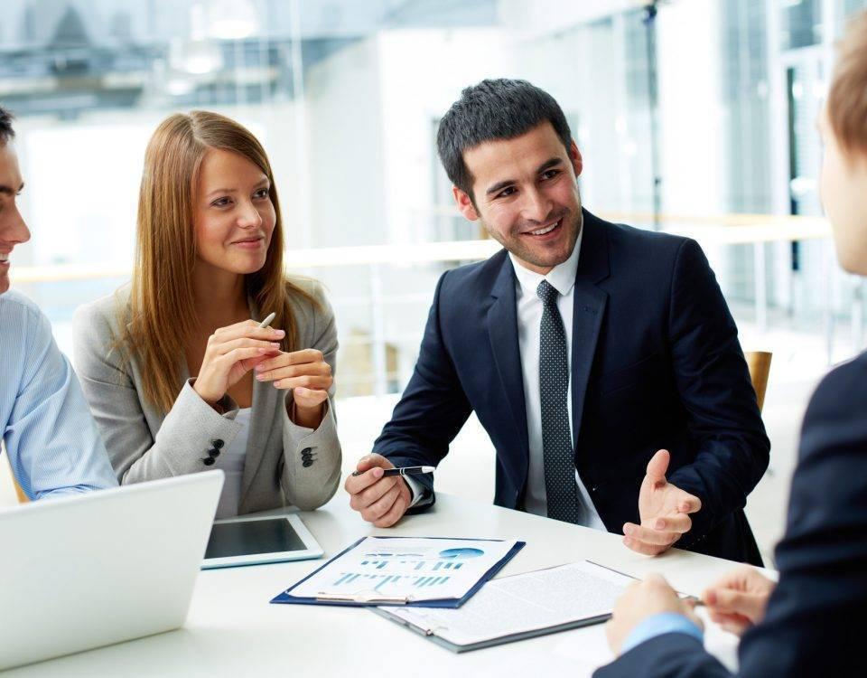 executivos em reunião